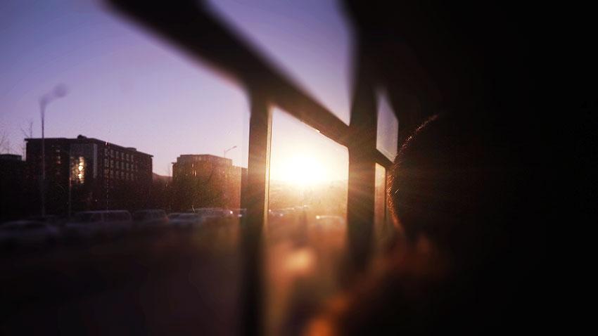 公交车上 那一抹阳光
